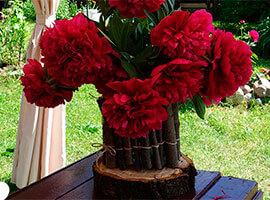 Дачные поделки: ваза из веток