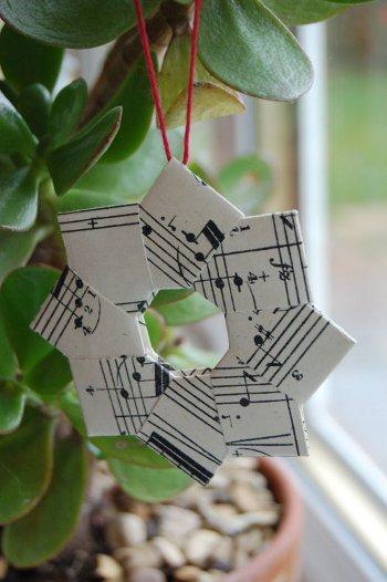 Елочная игрушка— оригами