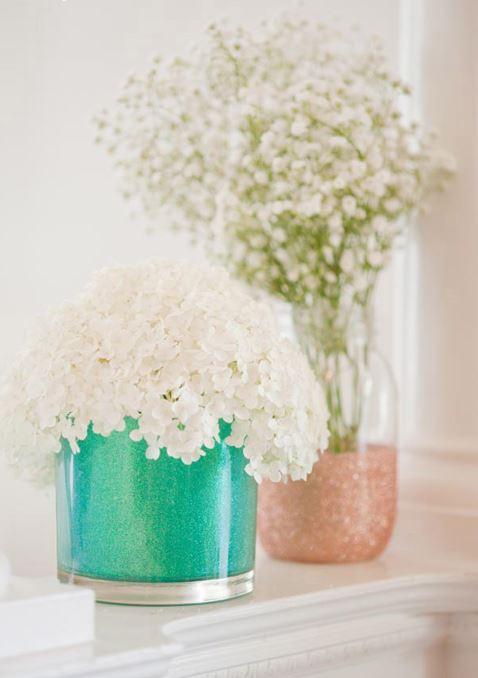Блестящие вазочки вподарок на8 марта