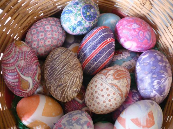 Image result for красим яйца тканью
