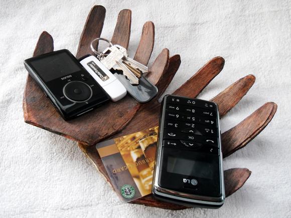 Подставка для телефона своими руками рука 393