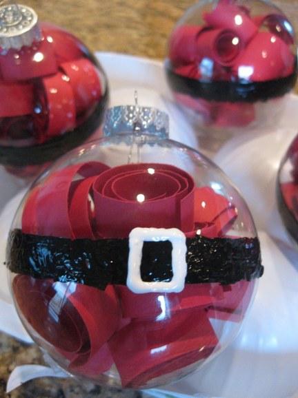 Ёлочные игрушки «сюртук Санта Клауса»