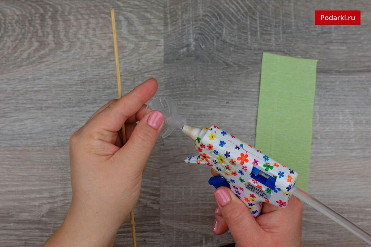 Английская резинка спицами Как декорировать бумагу для букета