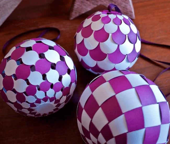 Новогодние шары изцветной бумаги
