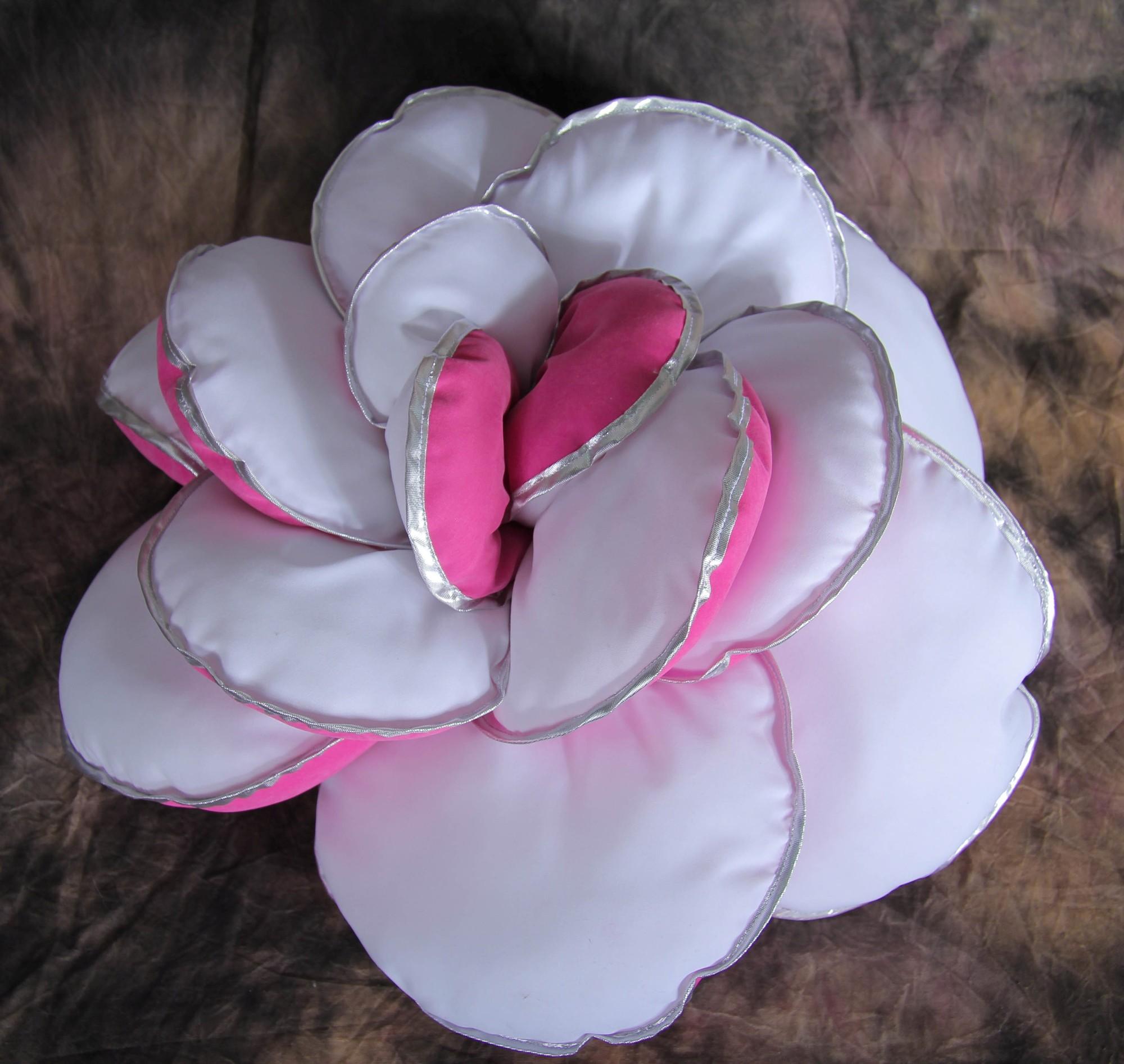 Декоративная роза своими руками