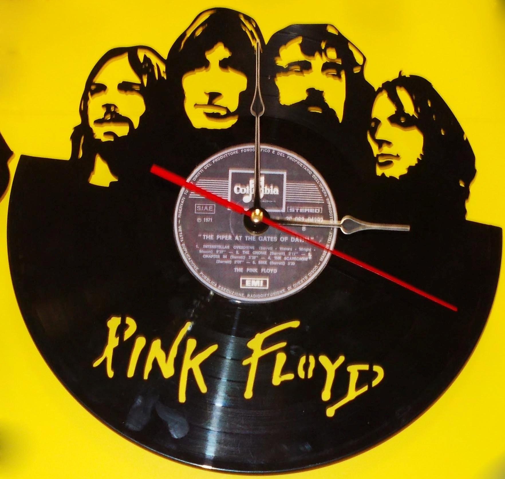 Купить часы pink floyd купить часы марки чайка
