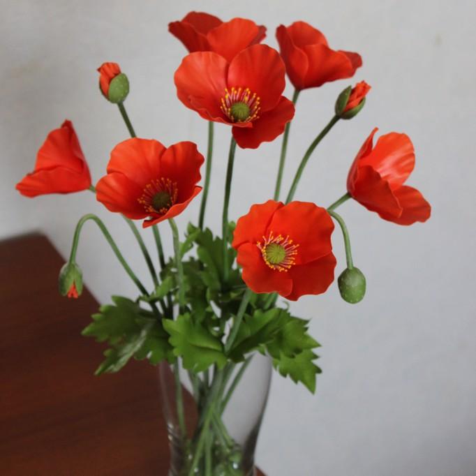 Маки в вазе цветы